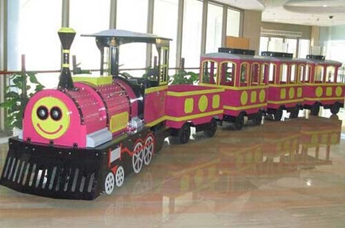 amusement park train rides